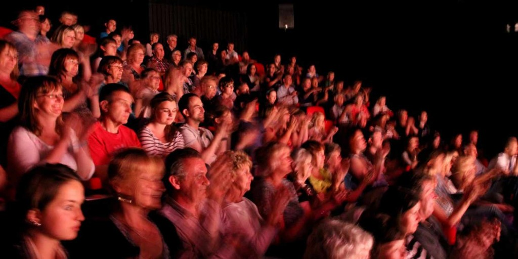 Lakeside-Theatre-Audience-web